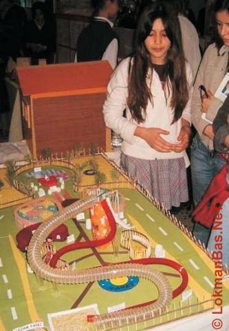 İnsan Vücudu Şeklinde Oyun Parkı